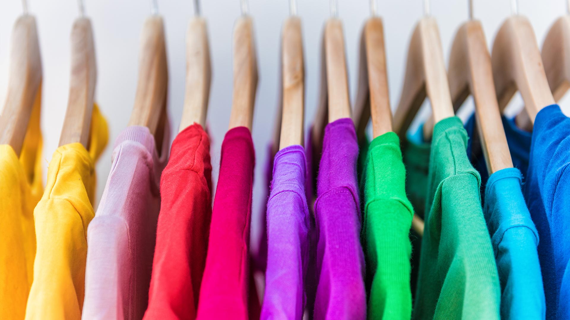 3 เทคนิคดูแลผ้าสี ให้สดใสแลดูเหมือนใหม่ตลอดเวลา